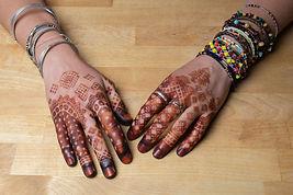 mains tatouage hénné mauritanie