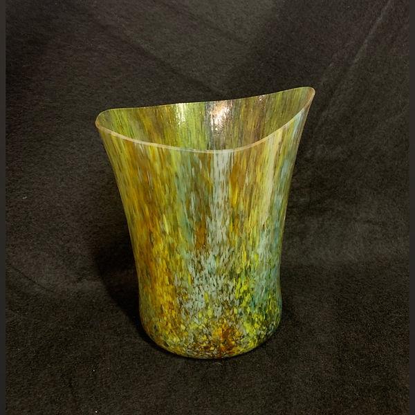 vase%20gift_edited.jpg