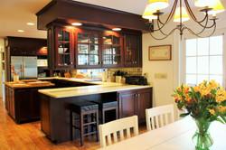 Eat-In Kitchen doors to patio & pool