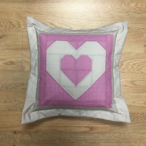 Cojín - corazón -rosa/beige/puntitos blancos