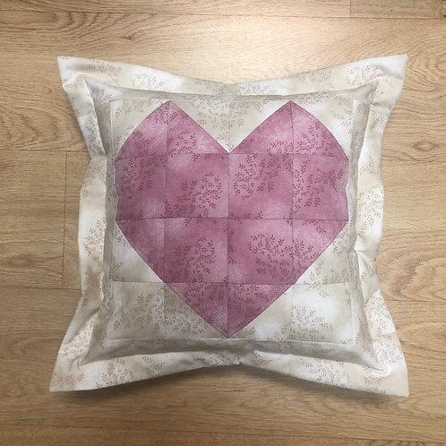 Cojín - Corazón - beige, rosa