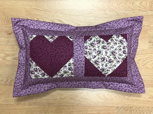 Cojín - dos corazones - flores - color lila