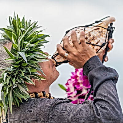 Hawaiian Minister Conch Shell Blow