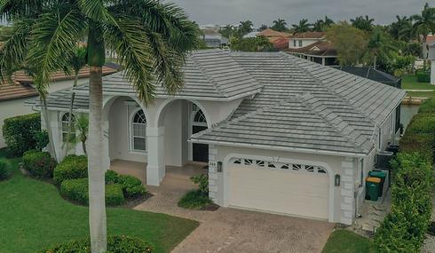 Roof Repair in Floroda
