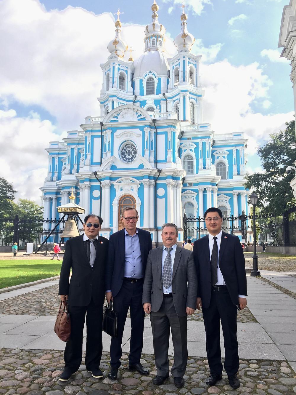 Глава корпорации Болдухай, Иванов А.В., Хижняк В.Д., заместитель главы района Ченянь