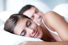 woman sleeping hypnosis cure insomnia sleep naturally ambien