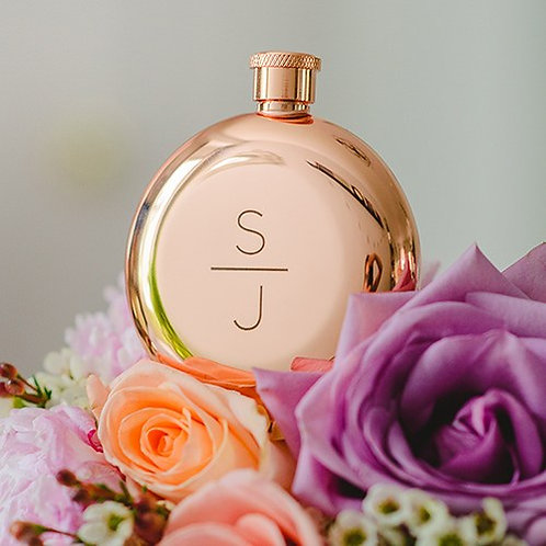 Flacon de liqueur couleur or rose poli