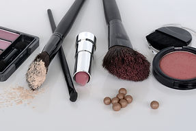 cosmetics-1367779.jpg
