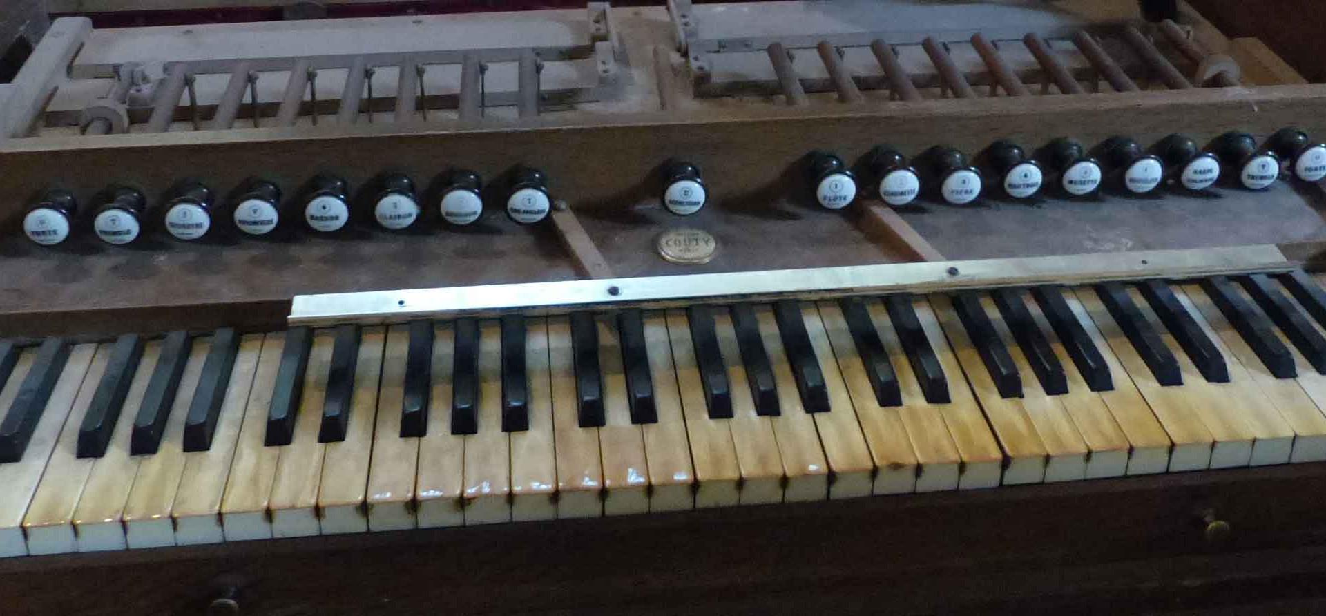 Clavier de l'harmonium