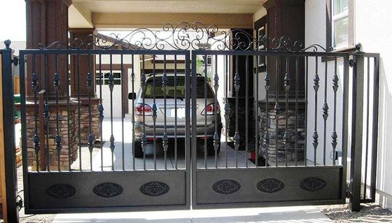 What Are My Options When Installing A Driveway Gate?