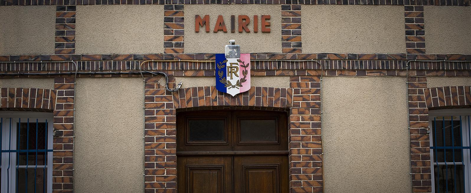 mairie devant.jpg