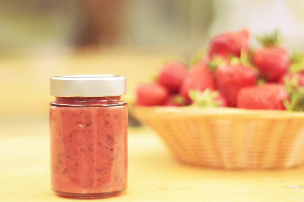 Erdbeer-Rhabarber-Chutney