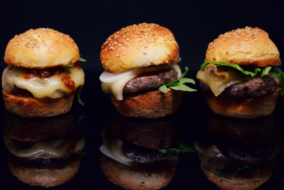 Mini-Cheeseburger mit Whiskeysauce