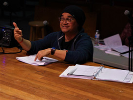 Kevin Lasit working with the actors