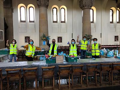 FoodShare Volunteers.png