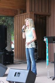 Alicia Blickfeldt singer song