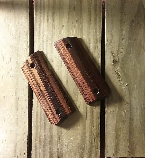 1911 Compact Size Officer Model - Goncalo Alves Smooth Grips