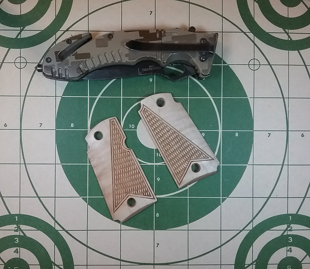 Kimber Micro 9 - Hard Curly Maple - Half Tactical Checkering Grips