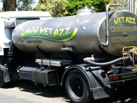 Wet Azz Water Tanker