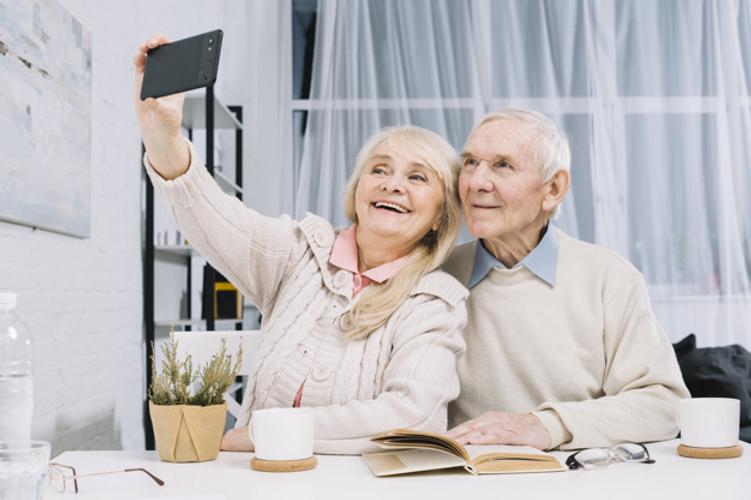 Couple age mûr selfie
