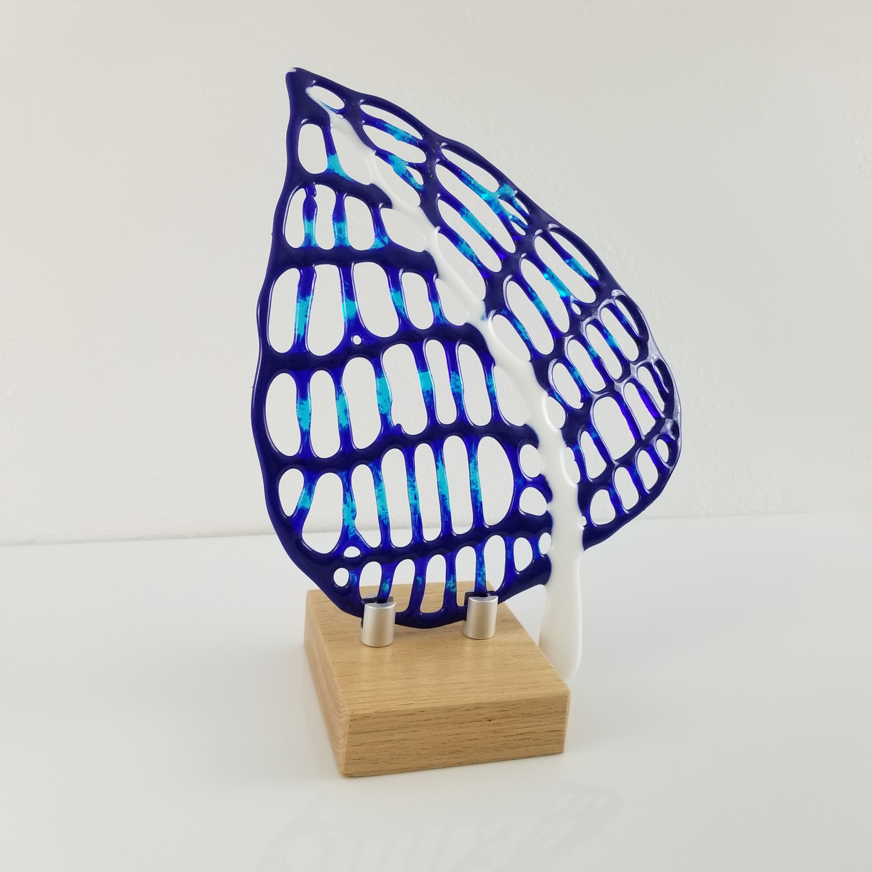 Hoehn_Andrea_BlueLeaf_Fused Glass Sculpt
