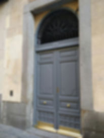 Portal colegiata restaurado