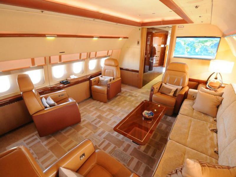 jet interior.jpg