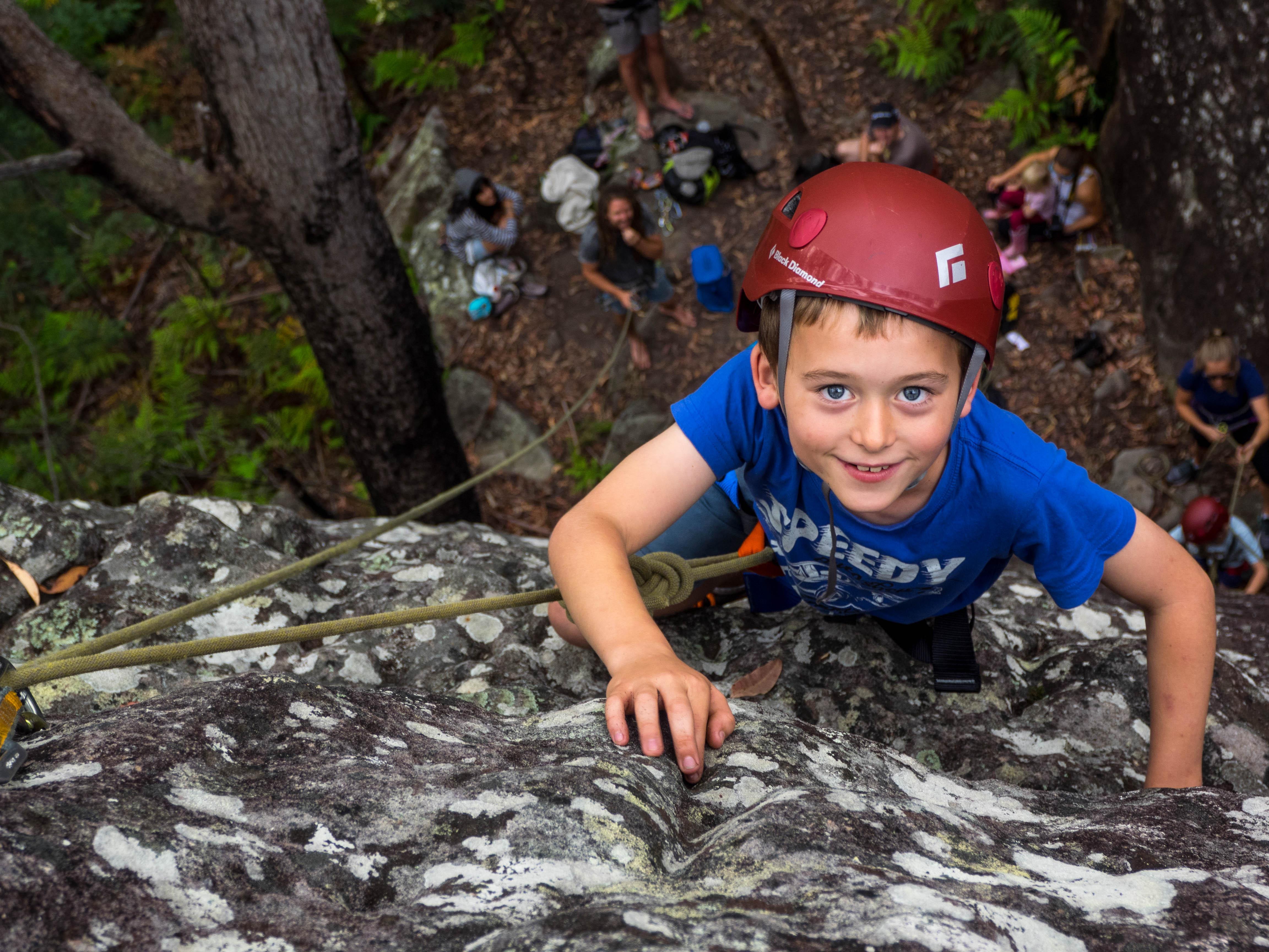 Rock Climb Nowra. Kids climb abseil.