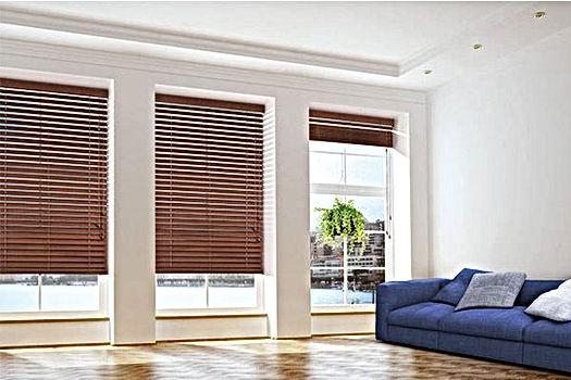 Wooden-Venetian-Blinds.jpg