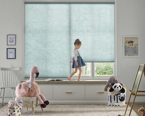 child-bedroom-ligh-blue-applause-honeyco