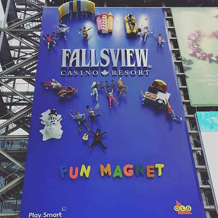 Fallsview-Blue-billboard-with-3D-printed