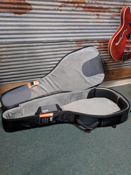 2a5c4e2bc9 MONO Classic Acoustic/Dreadnought Guitar Case, Black