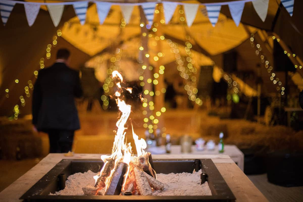 Peak-District-Farm-Sami-Tipi-Wedding-27.