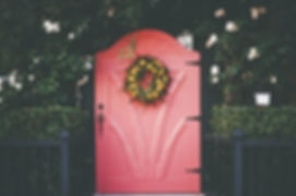pink-red-door-wreath-thumb.jpg