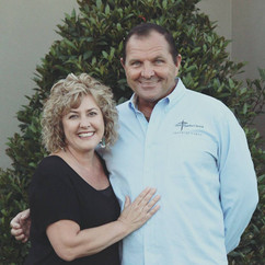 Pastor Scott and Jeanine Johnson