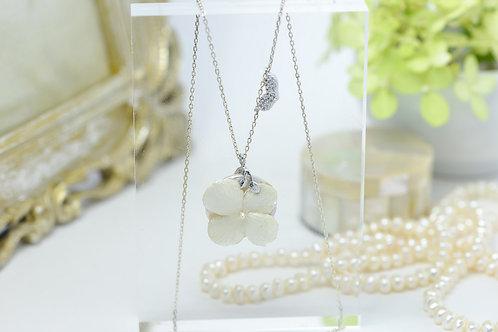 紫陽花と淡水パールのネックレス〈Silver925〉