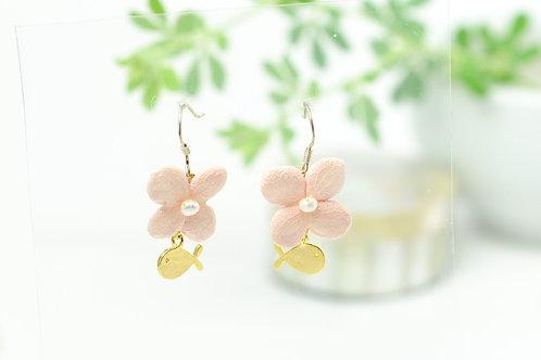 紫陽花とお魚のピアス〈シルバー〉