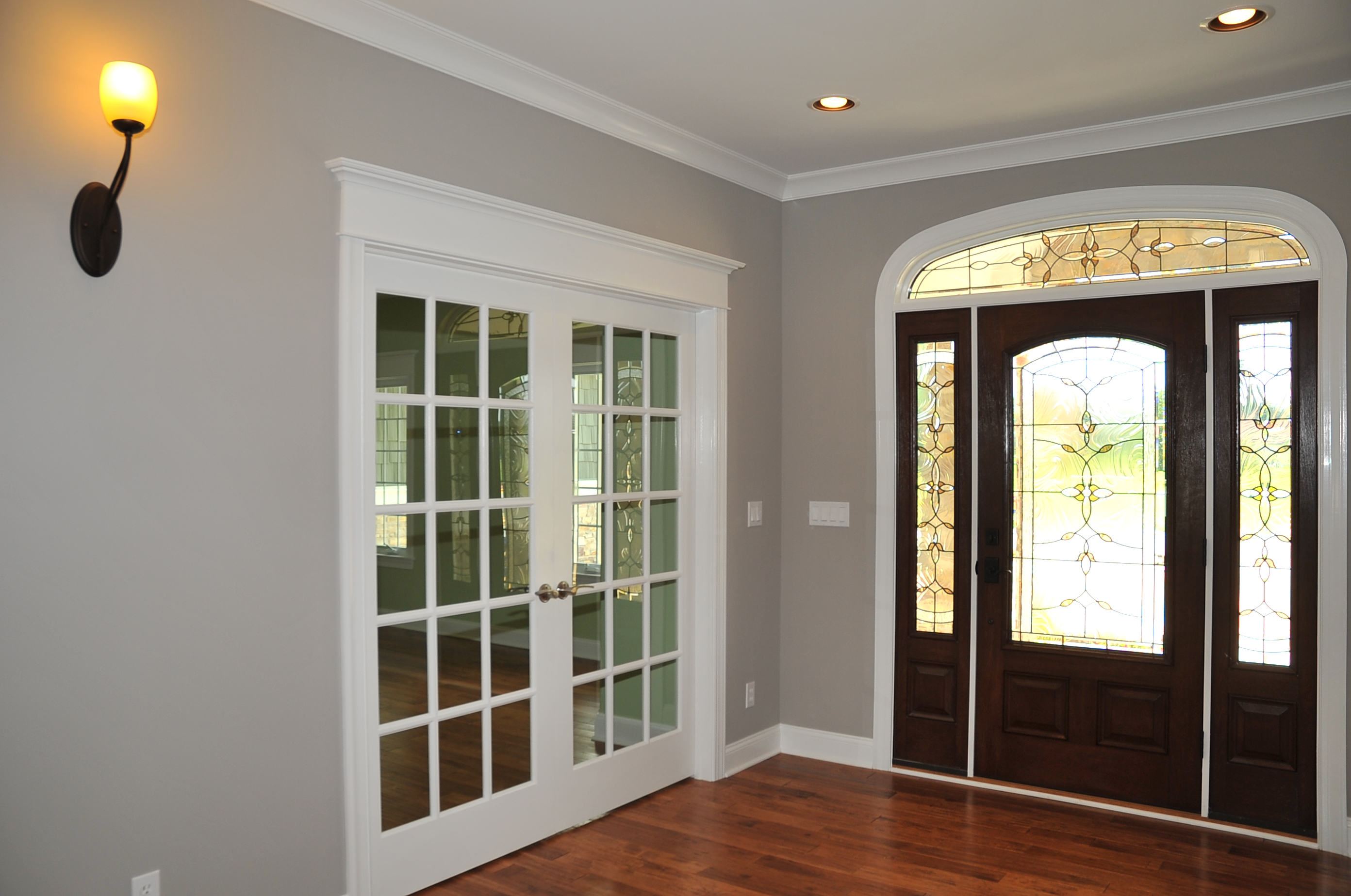 ranch-foyer-french-doors