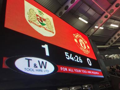 Bristol City 2 vs 1 MANCHESTER UNITED! - CARABAO CUP Quarter Final - DJ Log