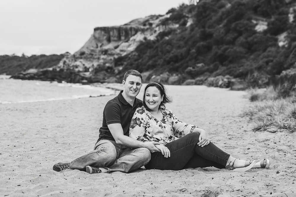 couple on the beach - lifestyle family photography melbourne bayside