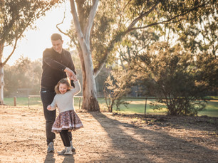 Autumn, the Season for Updating your Family Photos! Outdoor Family Photography Melbourne