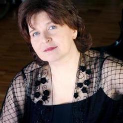 Dina Yoffe, Piano