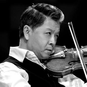 Yi-Wen Jiang