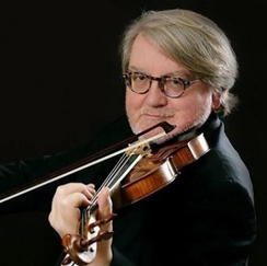 Tomasz Tomaszewski, Violin