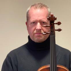 Brett Deubner, Viola