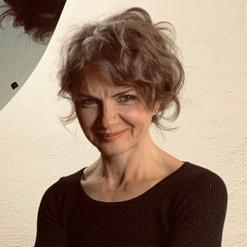 Raluca Chifane-Wagenhäuser, Piano