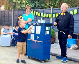 Birthday party packages, childrens entertainment, kids magician, childrens magician