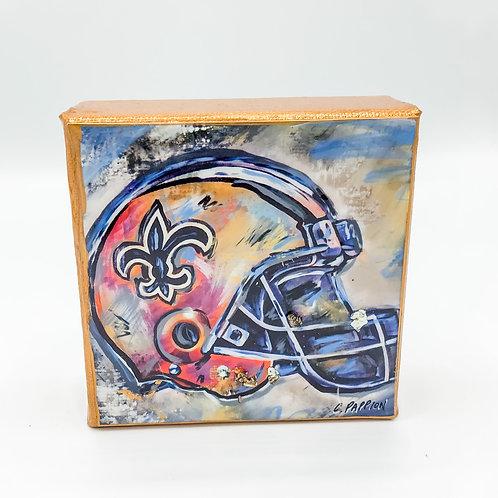 Fan Favorite - Saints 4 x 4 inch Helmet