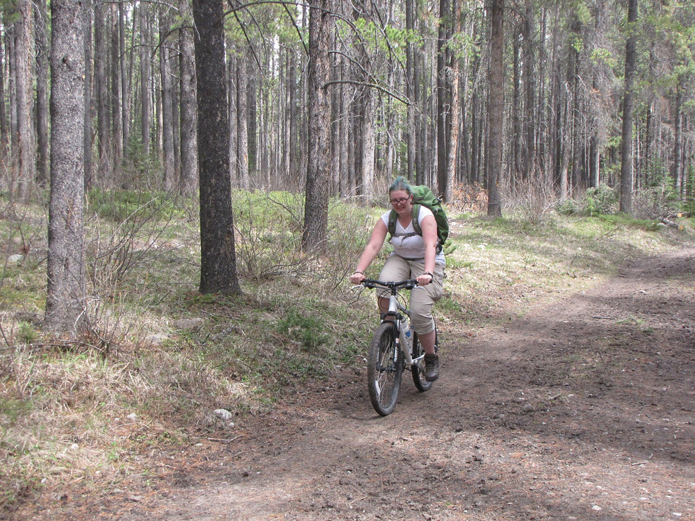 Kirsty - such a trooper: jet-lagged, not used to the thin air at elevation, straight off the plane and on to a mountain bike to take down a few cameras! I believe in hitting the ground running... or biking... and there were no complaints! Great day in the field!!