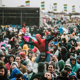 Crowd 5.jpg